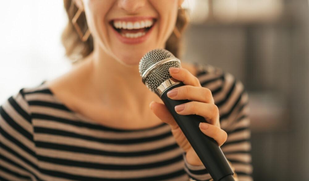 Best Karaoke Microphone With Songs