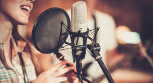Best Microphone For Female Voice Over