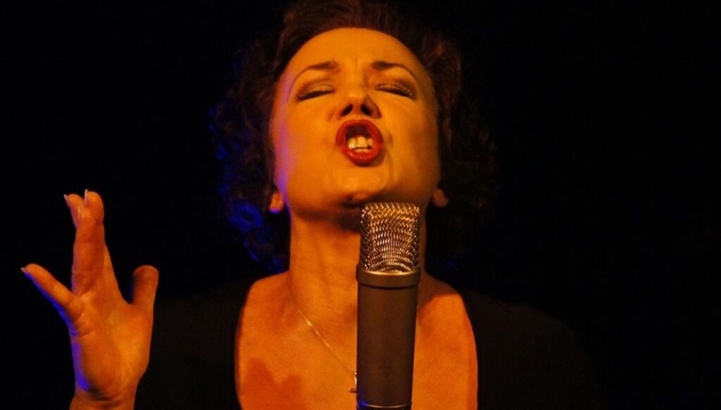 How To Relax Your Throat Muscles When Singing