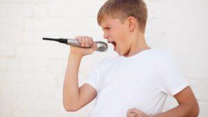 https://www.ericsardinas.com/how-to-relax-strained-vocal-cords/